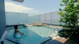 海を眺める極上宿「星野リゾート 界 アンジン」 自慢の天空温泉とアートな和会席