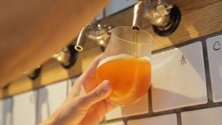世界の美味しいビールがコスパ良く楽しめる「ウィズ クラフト ビアアンドフード」