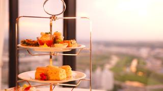 新横浜プリンスホテル「トップオブヨコハマバーラウンジ」で優雅なアフタヌーンティー