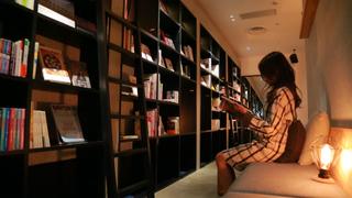 寝落ちできる幸せ!泊まれる本屋がコンセプトの超人気ホステル「BOOK AND BED TOKYO」