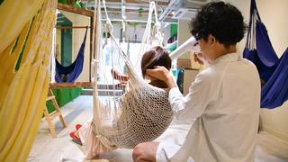 日本初! 夢見心地で楽しめる美容室「Hammock Hair Salon COCONA」