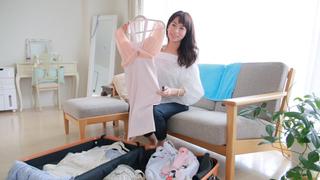 【岡本静香さんのMYトランク Vol.5】海外では大胆にドレスアップが楽しめる