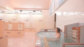 北千住の銭湯「タカラ湯」は地下80mの井戸水で、しっとりなめらかなお肌に