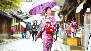 レトロアンティークな着物で京都散策。レンタル着物「てくてく京都」