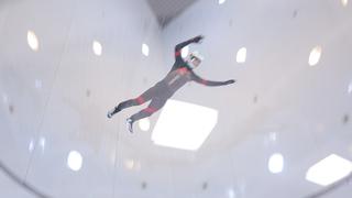 越谷にあるスカイダイビング施設「Fly Station Japan」で空を飛ぶ