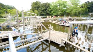 一日中楽しめる!大人が本気で遊べる「清水公園」の水上アスレチック
