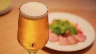 浜松町・大門エリアでおしゃれにビールを飲むなら「オンザテーブル バイ グッドビア フォウセッツ」