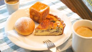 カフェ&ダイニングバー「パンとごはん」で優雅な大人のモーニング