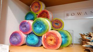 編み物好きの聖地!手編み糸の専門店「パピー 下北沢店」