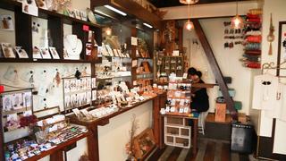 世界にひとつのハンドメイドアクセサリー!中崎町「atelier&gallery kaju_0808」