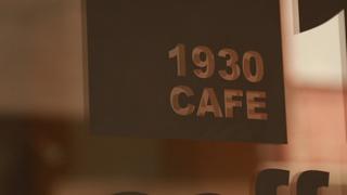ヘアサロン直営のレトロなカフェ&ワインバー! 大阪中崎町「1930CAFE」