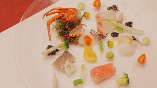 「リゾナーレ熱海」の料理はエンターテイメント!体験型ビュッフェ&創作会席