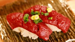 低カロリー・低脂肪・高タンパクな馬肉は恵比寿横丁「肉寿司」で!