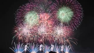 秋の夜空を彩る「こうのす花火大会 2018」の見どころチェック