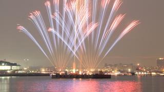 3,000発の花火が横浜港を彩る「横浜スパークリングトワイライト2018」
