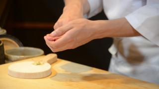 季節の移ろいを感じる「銀座 すし四季」の上品で艶やかな江戸前寿司に舌鼓