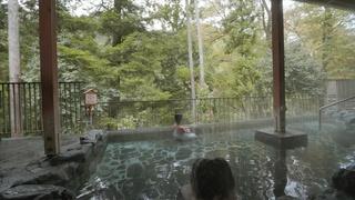 東京の名湯「秋川渓谷 瀬音の湯」で四季折々の景色と美肌の湯で癒される