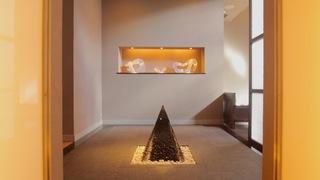 宿泊者だけが体験できる「星のや軽井沢」の光と闇の瞑想入浴