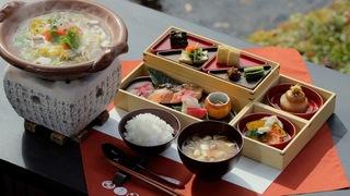 「星のや軽井沢」での食事なら、和食ダイニング「嘉助」の山の懐石がおすすめ!