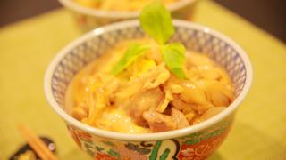 親子丼をだし汁から作る簡単レシピ!かつおだしで料亭の味わい