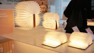 「逃げ恥」のEDに使われたライトも。表参道「MoMA DESIGN STORE」雑貨3選