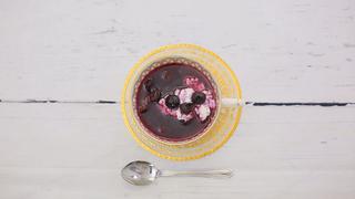 ビタミンEで若返り♡「ブルーベリーの冷たいスープ」の作り方