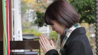 【神社の参拝方法】名乗らなければ神様に気づいてもらえない?初詣で試したい正しいお祈りの仕方