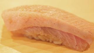 絕品鰤魚千層壽司!現在就想吃的西麻布「鮓 村瀬」冬季當令壽司