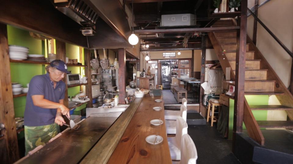 「コアラ食堂」の店内