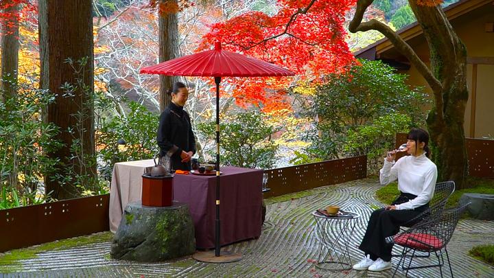 「星のや京都」の紅葉