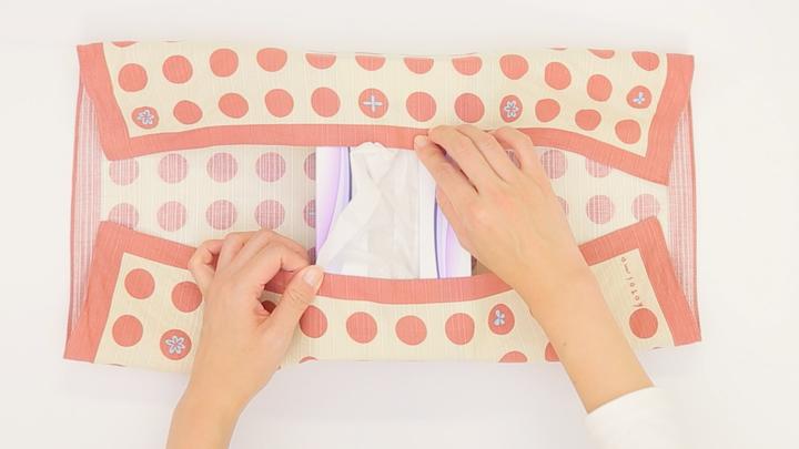 インテリアも風呂敷で!「ティッシュボックス包み」の包み方の3番目の画像