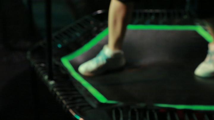 関西初上陸! 新感覚のトランポリンエクササイズ「UNIVERSAL JUMPING」の3番目の画像