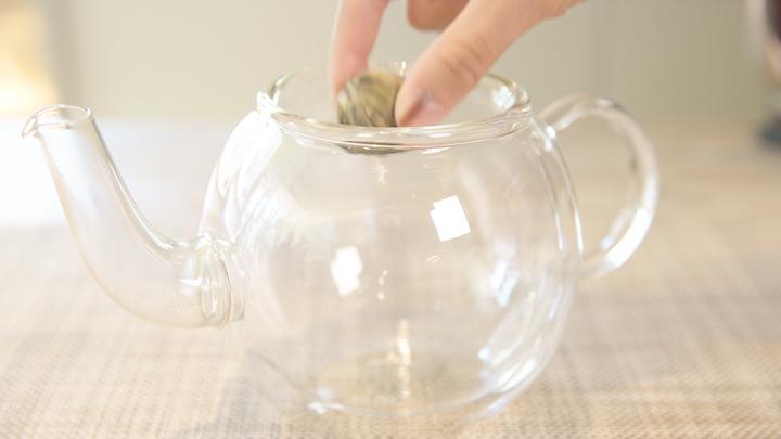 お茶に浮かぶ花を楽しむ! 「クロイソス銀座店」の工芸茶で優雅なティータイムをの2番目の画像