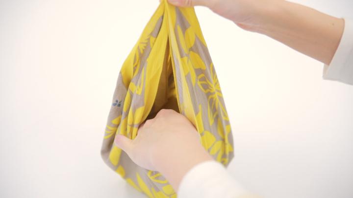 お弁当包みもラッピングにも使える包み方「花びら包み」をご紹介♪の3番目の画像