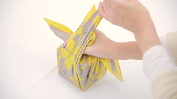 お弁当包みもラッピングにも使える包み方「花びら包み」をご紹介♪の5番目の画像