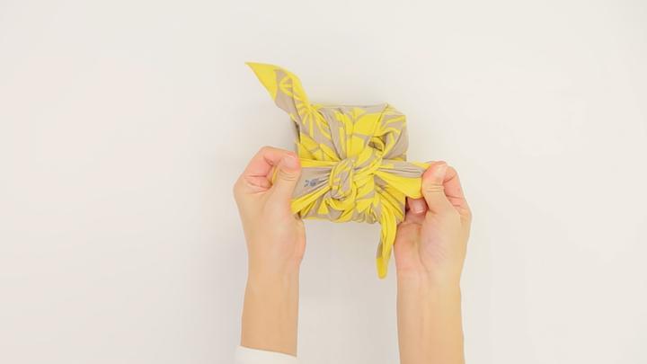 お弁当包みもラッピングにも使える包み方「花びら包み」をご紹介♪の7番目の画像