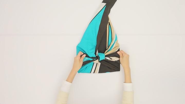 風呂敷の包み方を覚えてバッグ不要!「おけいこバッグ」の包み方の5番目の画像