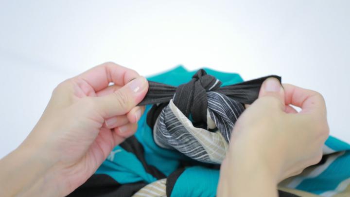 風呂敷の包み方を覚えてバッグ不要!「おけいこバッグ」の包み方の7番目の画像