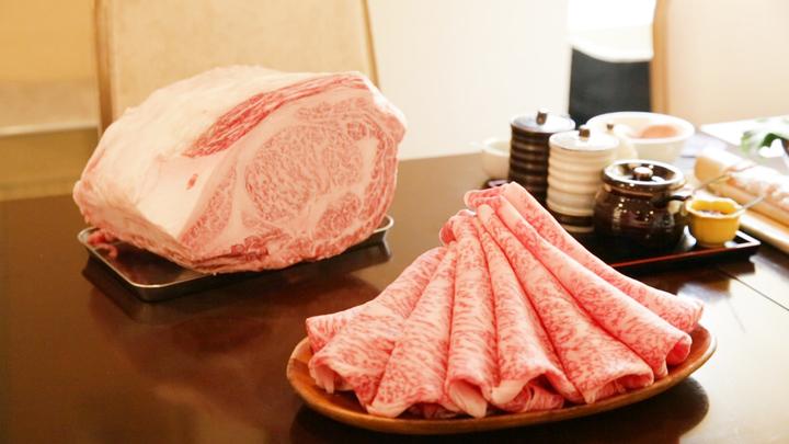 「しゃぶしゃぶ かがやき」のお肉