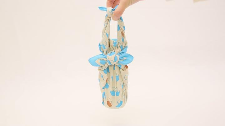 簡單的使用風呂敷!不需要水壺的時尚「寶特瓶包法」♪の1番目の画像