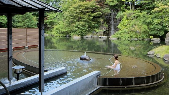 能夠徹底體驗陸奧青森的「星野渡假村 青森屋」特選三溫泉の1番目の画像