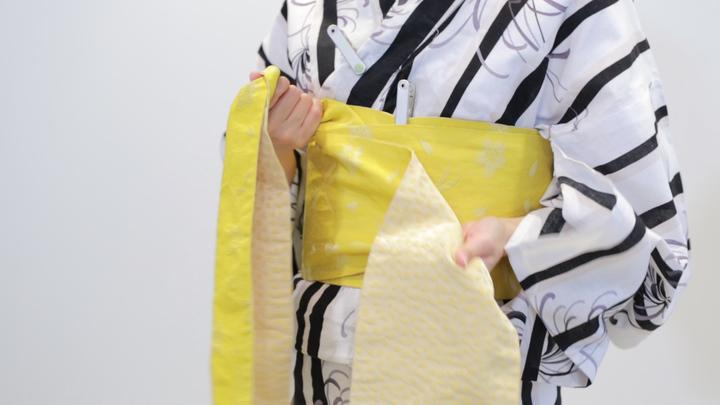 其實很簡單! 浴衣的腰帶綁法「文庫結」の5番目の画像