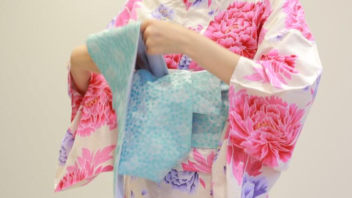 「角出し風変わり結び」で、浴衣を華やかにアレンジの13番目の画像