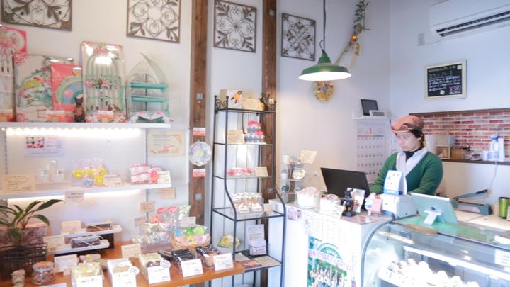 褒められおもたせ♡ アートのようなカップケーキ専門店「アトリエナユタ」の1番目の画像