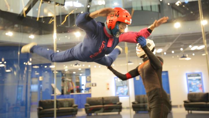 「FlyStation Japan」でスカイダイビング