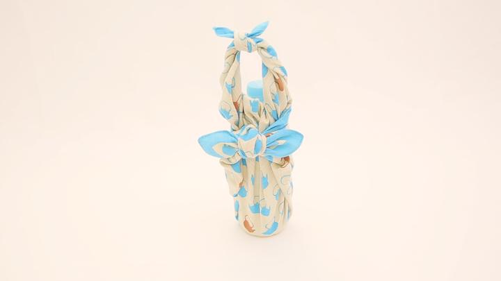 風呂敷で簡単!おしゃれな「ペットボトル包み」の包み方で水筒いらずの8番目の画像