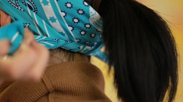 成熟風絲巾圍法Vol.1 高級穿搭術の6番目の画像
