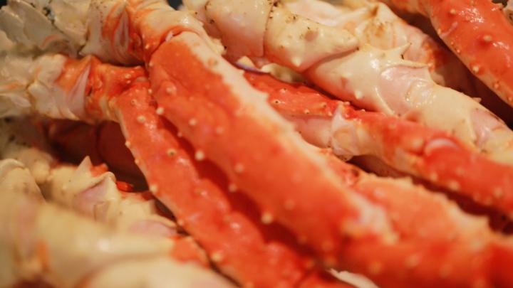 """晚餐 Buffet 可以吃到 """"帝王蟹""""!「威斯汀留壽都度假酒店」的海鮮晚餐の1番目の画像"""