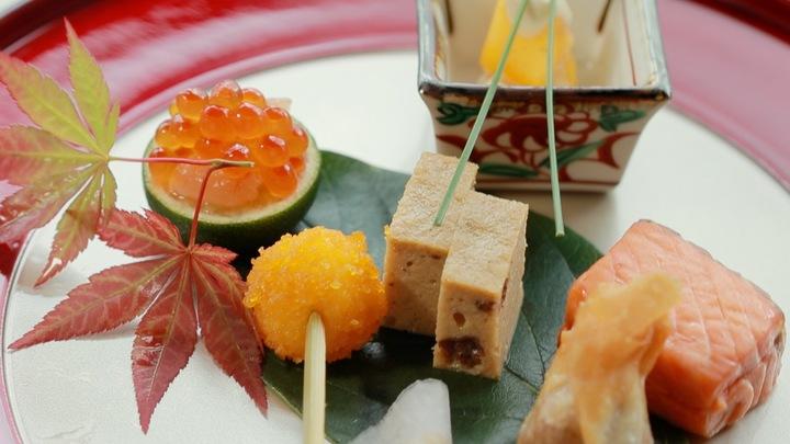 在「星野度假村 界遠州」一次享受名產鰻魚和在地美酒的宴席料理の1番目の画像