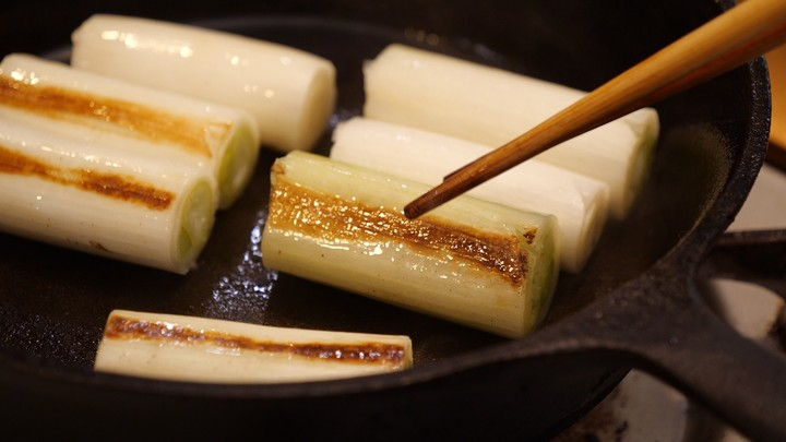フライパンと長ネギだけで作れる!「長葱のポワレ」のレシピの4番目の画像